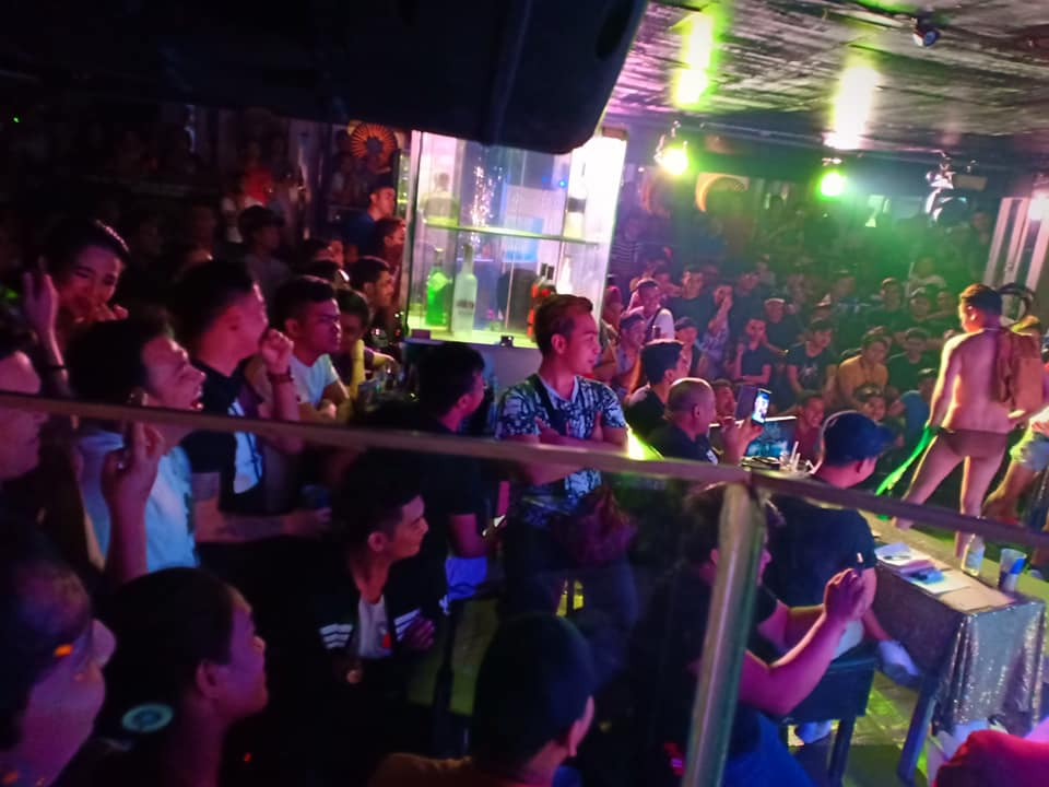 gay bars in manila